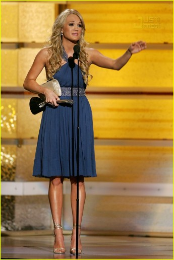 carrie-underwood-academy-country-music-awards-2007-47.jpg